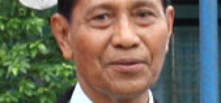 Dr. H. Sahban Liba, MM Terima Penghargaan dari Kopertis